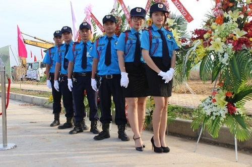 Đội ngũ tuyển chọn để bảo vệ sự kiện